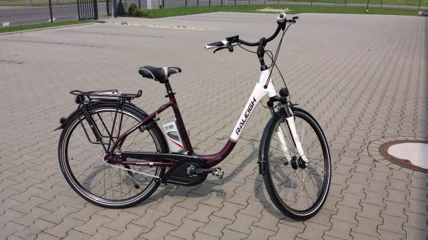 e bike raleigh dover de luxe ultratief 8g 12ah weiss lila. Black Bedroom Furniture Sets. Home Design Ideas